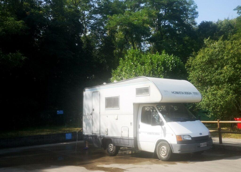aire de vidange pour camping-car