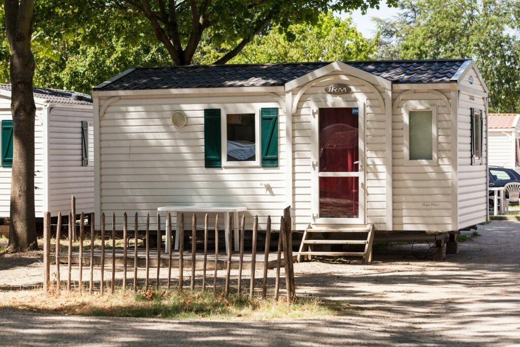 mobil-homes bungalow au camping Paris Est